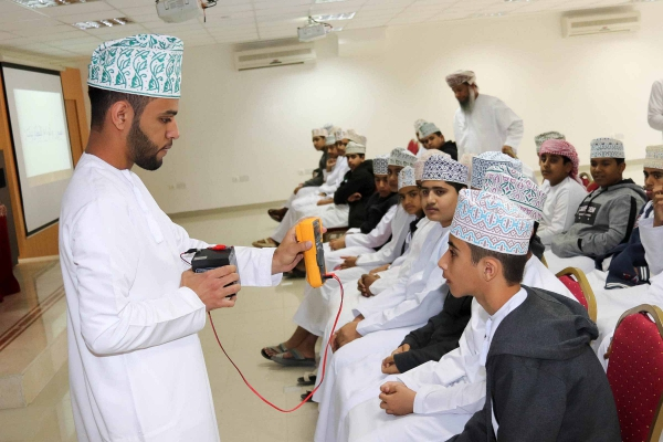 AL MURTFA SCHOOL VISIT TO IBRICT, ON THE OCCASION OF THE NATIONAL WEEK OF SCIENCE, TECHNOLOGY, ENGINEERING AND MATHEMATICS (STEM-2019) ON 10 MARCH 2019